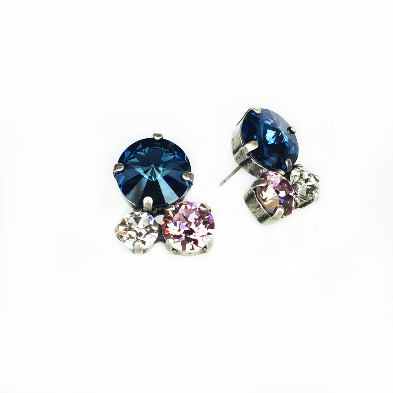 3-stone-cluster-earrings-blue