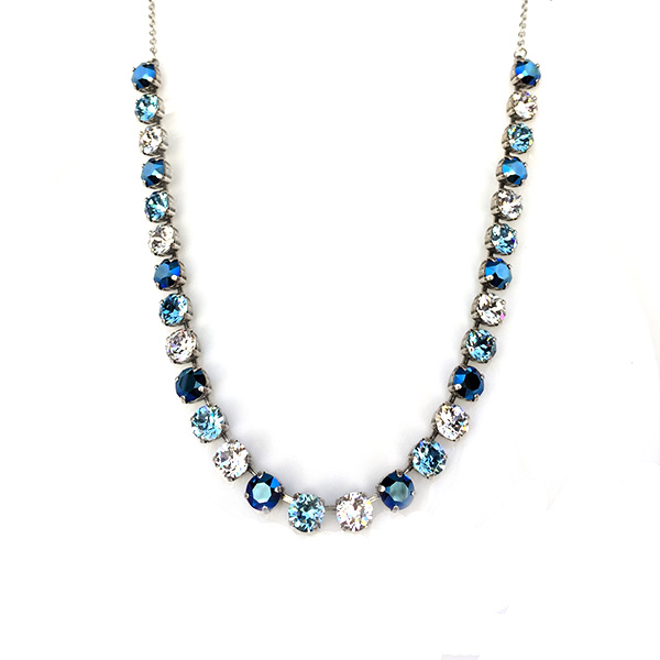line-necklace-blue